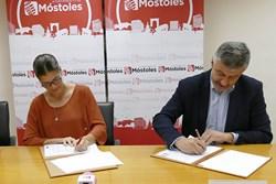 Noelia Posse firmal convenio federacion madrileña deportes para discapacitados
