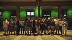 iluminación fachada verde dia esclerosis multiple 1